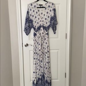 LuLus Belted Floral Maxi Dress